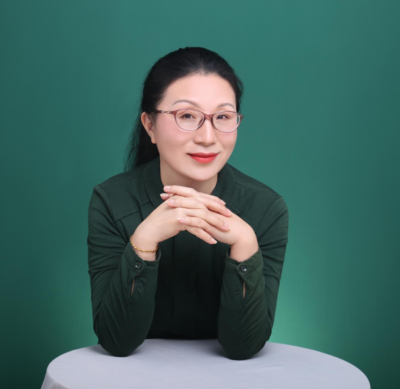 心理咨询师胡周琴