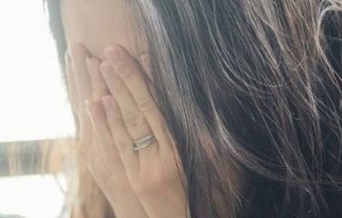 背叛、家暴和冷落,为什么仍打不落紧握婚姻的手?